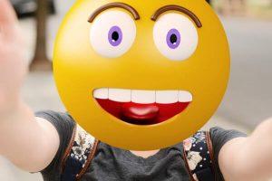 A remote worker with an emoji face | Varay, El Paso