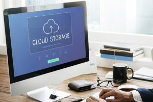 Computer screen with cloud storage icon | Varay, El Paso