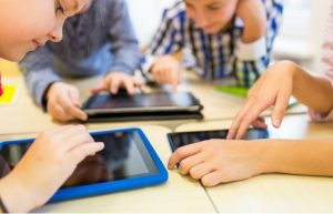 Device and online safety tips keep kids safe as they use tablets | Varay, El Paso