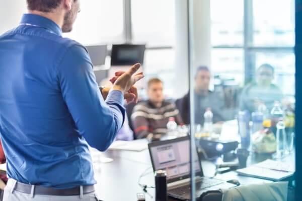 Employee meeting on safe internet practices | Varay, El Paso
