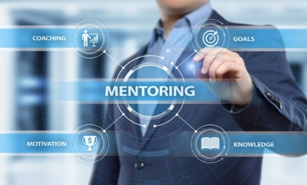 Mentoring is essential to successful IT jobs in El Paso   Varay