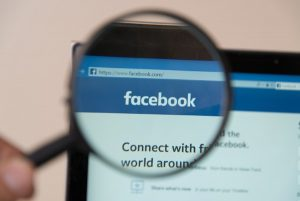 Facebook under scrutiny with magnifying glass after data gathering scandal | Varay,El Paso